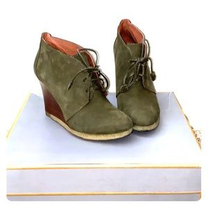 Suede army green wedge ankle boots